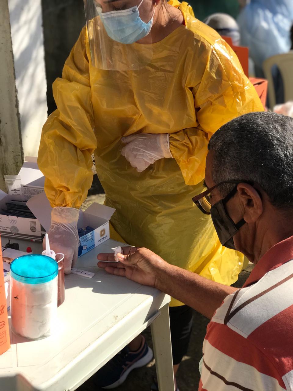 Dia D da Conscientização sobre os riscos do Coronavírus na Vila Canaã, em Araruama, identifica 5 pessoas com a doença