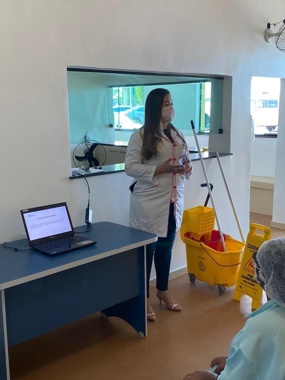 Prefeitura de Araruama realiza treinamento de equipes de limpeza das Unidades de Saúde