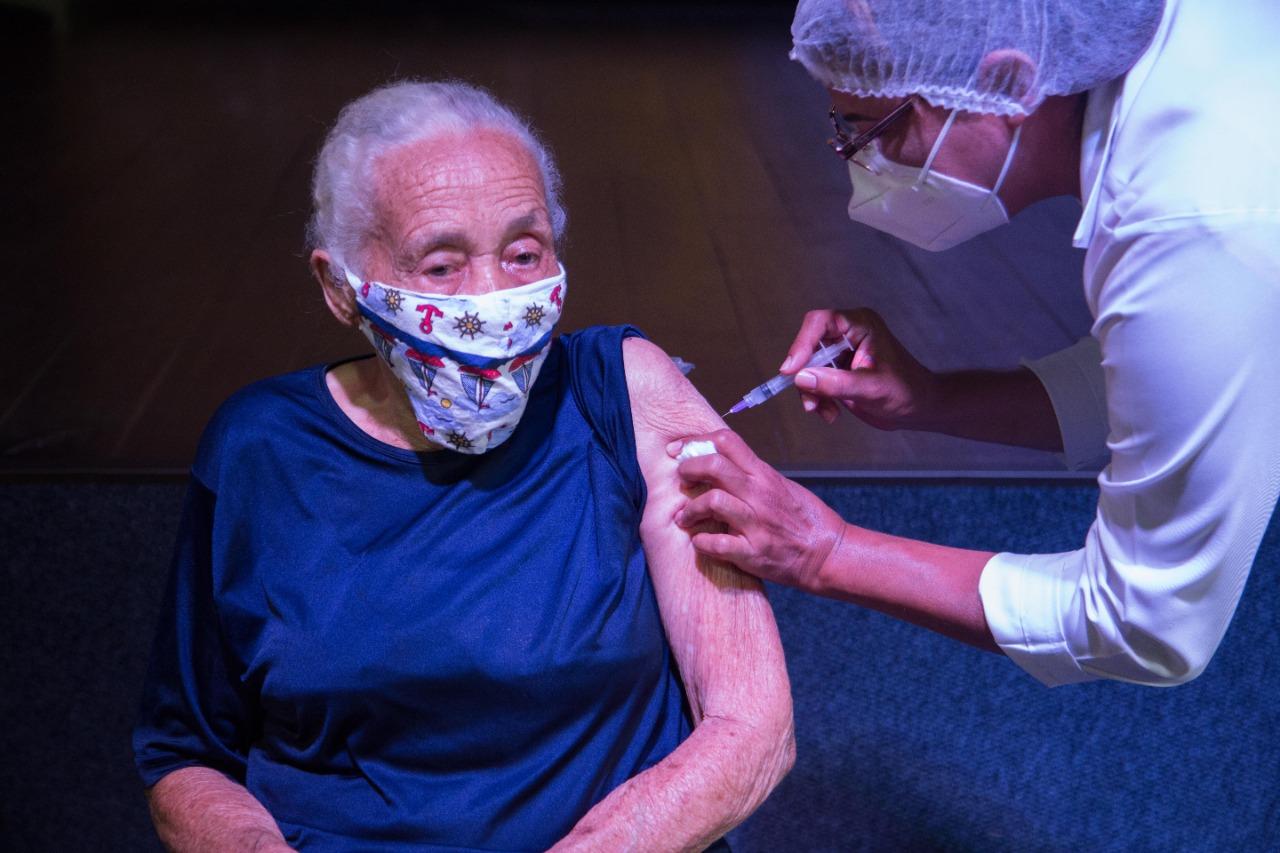 Prefeitura de Araruama inicia Segunda Fase da Vacinação de Grupos Prioritários contra Covid-19