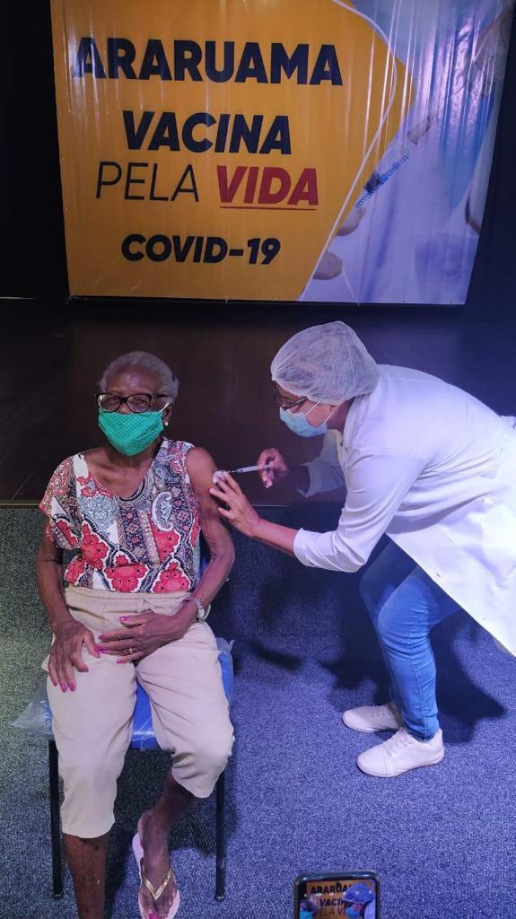 Prefeitura de Araruama faz balanço da vacinação contra Covid-19 no município