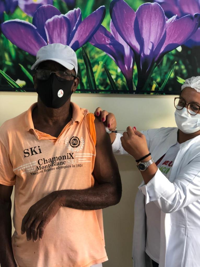 Prefeitura de Araruama vacina comunidade Quilombola contra a Covid-19