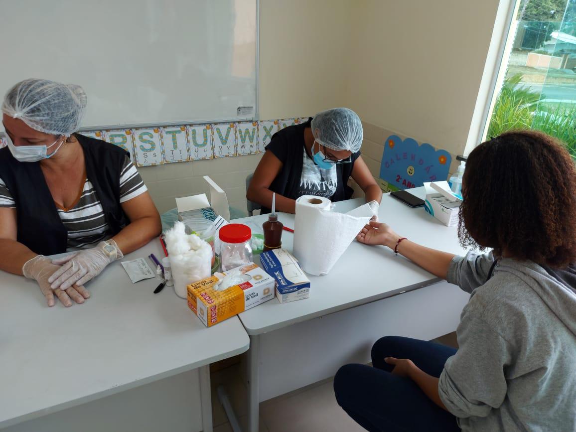 Prefeitura de Araruama realiza testagem em massa da Covid-19 em servidores de 20 escolas municipais