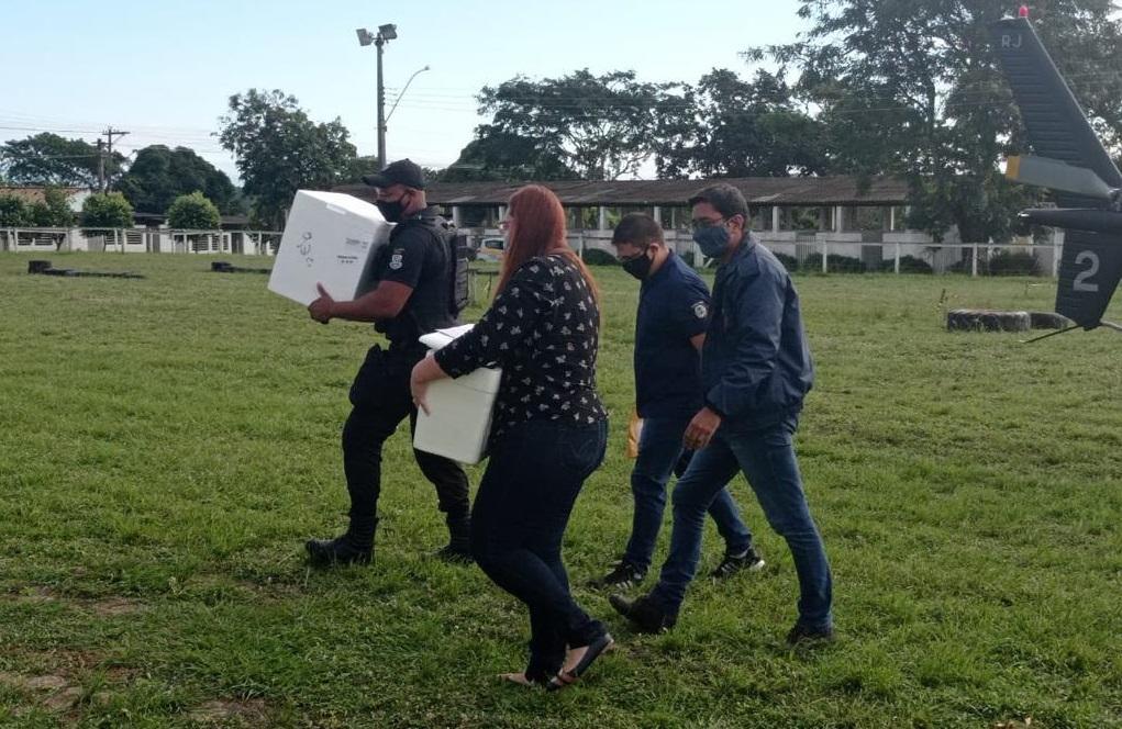 Prefeitura de Araruama recebe novo lote de vacinas contra a Covid-19